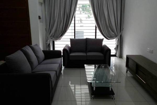 For Rent Terrace at Lyden, 16 Sierra Freehold Fully Furnished 4R/4B 2.6k