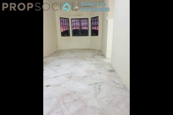 For Rent Apartment at Desaminium Flora, Bandar Putra Permai Freehold Semi Furnished 3R/2B 900translationmissing:en.pricing.unit