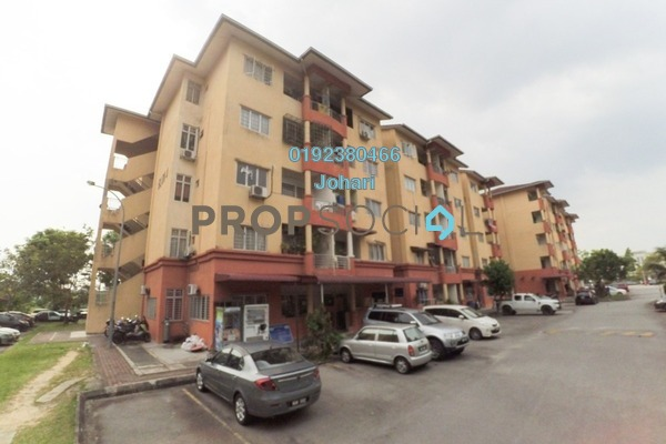 For Sale Apartment at Subang Suria, Subang Freehold Semi Furnished 3R/2B 180k