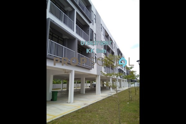 For Sale Townhouse at Section 3, Bandar Mahkota Cheras Freehold Unfurnished 3R/2B 348k