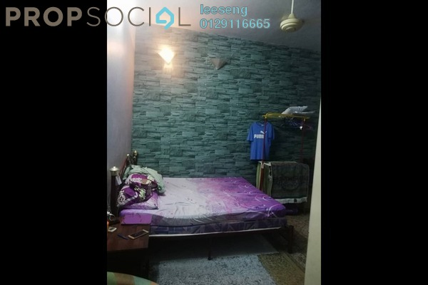For Sale Apartment at Mediterranean Apartment, Shah Alam Freehold Semi Furnished 3R/2B 250k