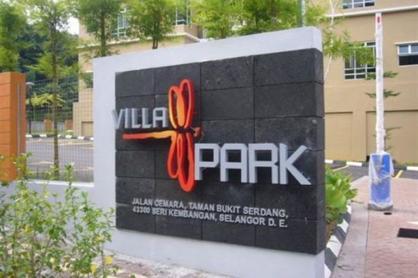 For Rent Condominium at Villa Park, Seri Kembangan Freehold Semi Furnished 4R/2B 1.38k