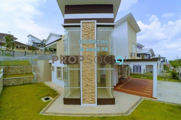 For Sale Bungalow at Taman Nong Chik, Johor Bahru Leasehold Unfurnished 6R/4B 1.95m