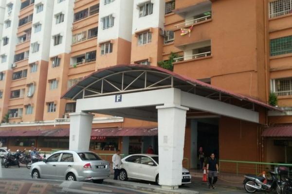 For Rent Apartment at Flora Damansara, Damansara Perdana Freehold Semi Furnished 3R/2B 900translationmissing:en.pricing.unit