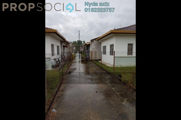 For Sale Terrace at Pusat Bandar Rawang, Rawang Freehold Unfurnished 3R/2B 338k