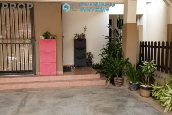 For Sale Terrace at Lakeside Residence, Kota Kemuning Freehold Semi Furnished 4R/4B 1.05m