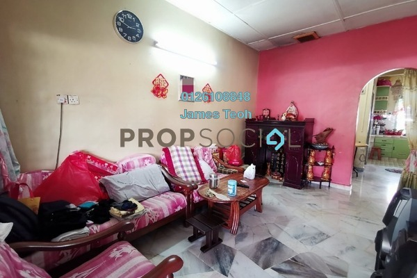 For Sale Terrace at Kampung Jawa, Shah Alam Freehold Semi Furnished 3R/1B 240k