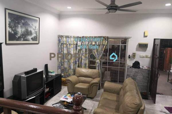 For Sale Terrace at SL8, Bandar Sungai Long Freehold Semi Furnished 4R/3B 588k