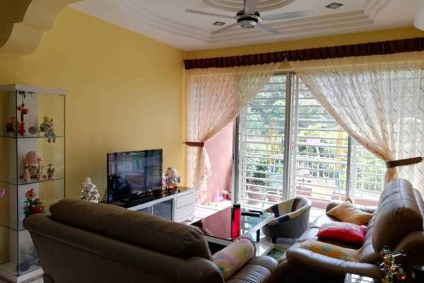 For Sale Condominium at Greenview Residence, Bandar Sungai Long Freehold Fully Furnished 3R/2B 410k