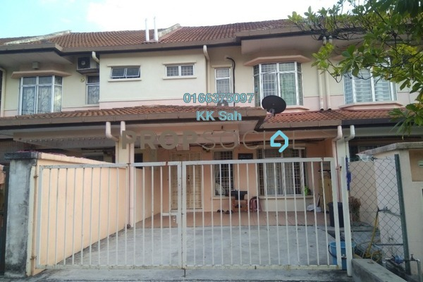 For Sale Terrace at Section 2, Bandar Mahkota Cheras Freehold Semi Furnished 4R/3B 490k