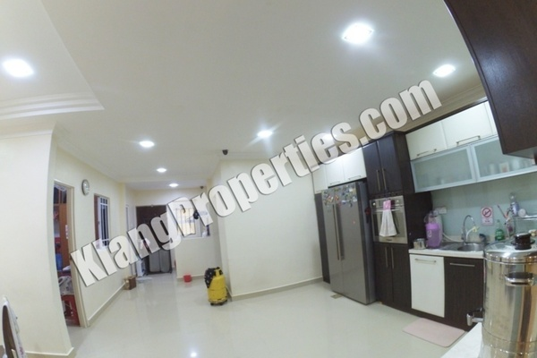 For Sale Terrace at Bandar Bukit Tinggi 2, Klang Freehold Fully Furnished 4R/4B 999k