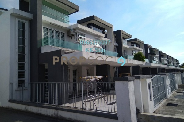 For Sale Superlink at Tiara East, Semenyih Freehold Semi Furnished 5R/3B 500k