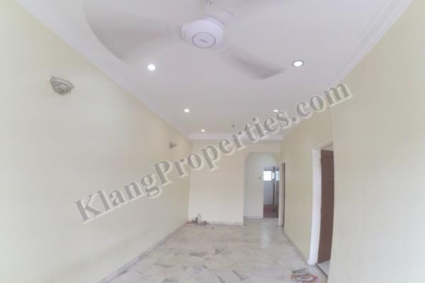 For Sale Terrace at Taman Sentosa, Klang Freehold Unfurnished 3R/2B 270k