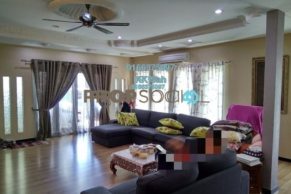 For Sale Semi-Detached at Taman Sri Andalas, Klang Freehold Semi Furnished 4R/3B 688k