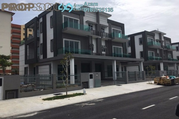 For Sale Semi-Detached at Taman Baiduri, Dengkil Leasehold Semi Furnished 6R/5B 1.2m