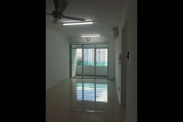 For Rent Condominium at Kiara Residence, Bukit Jalil Freehold Semi Furnished 3R/2B 1.8k