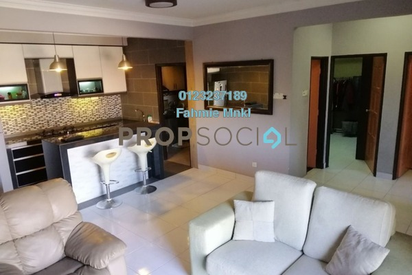 For Sale Condominium at Villa Pavilion, Seri Kembangan Freehold Semi Furnished 3R/2B 350k