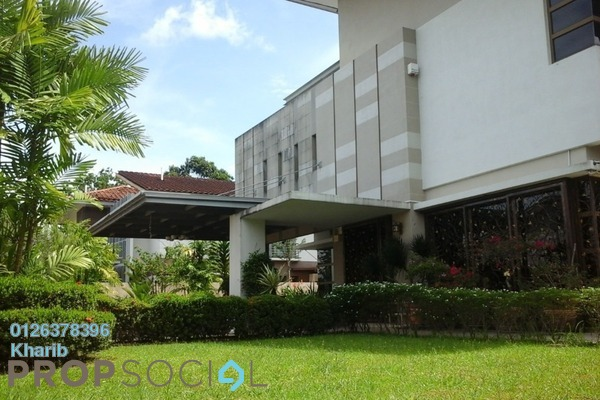 For Sale Bungalow at Banyan Close, Bandar Bukit Mahkota Freehold Semi Furnished 5R/6B 2.14m