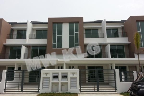 For Sale Terrace at Bandar Botanic, Klang Freehold Unfurnished 5R/4B 820k
