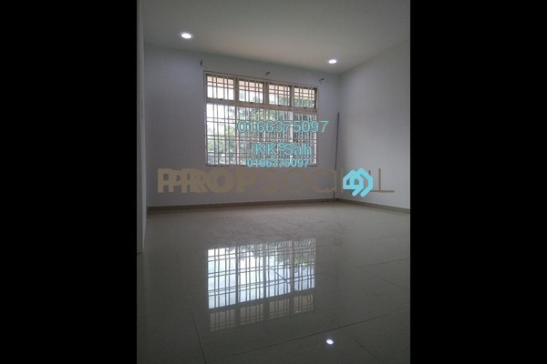 For Sale Link at Section 6, Bandar Mahkota Cheras Freehold Semi Furnished 4R/3B 460k