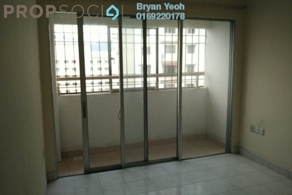 For Sale Condominium at Flora Damansara, Damansara Perdana Freehold Semi Furnished 3R/2B 175k