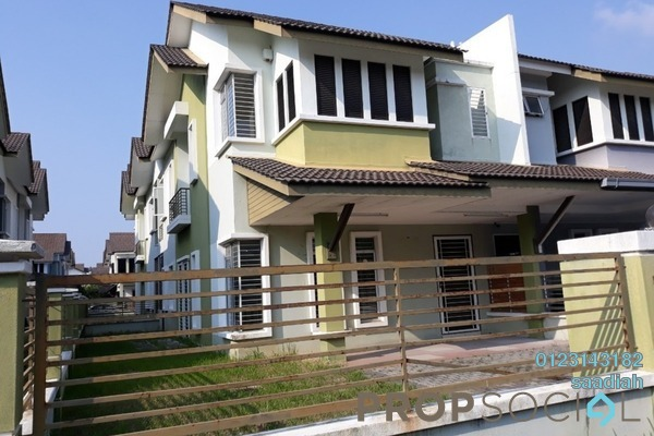 For Sale Semi-Detached at Taman Aman Perdana, Klang Freehold Fully Furnished 4R/2B 740k