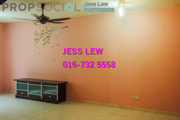 For Sale Apartment at One Selayang, Selayang Freehold Semi Furnished 3R/2B 285k