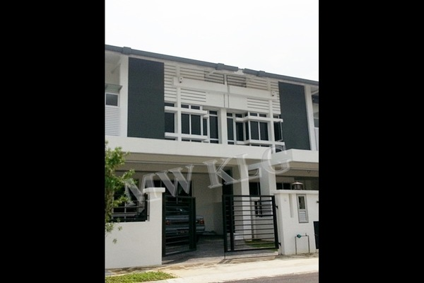 For Sale Superlink at Bandar Parklands, Klang Freehold Unfurnished 4R/4B 728k