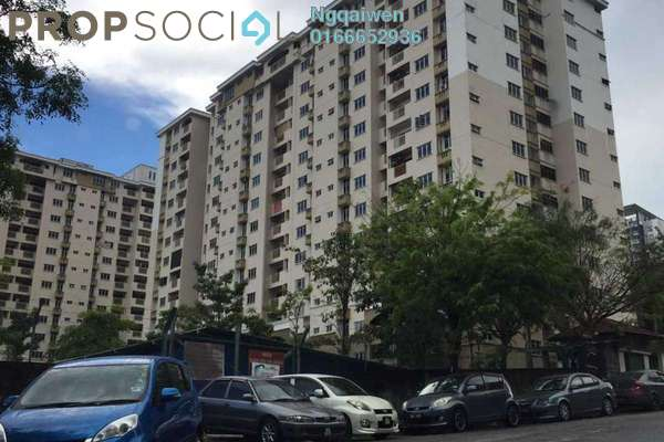 For Rent Condominium at Villa Pavilion, Seri Kembangan Freehold Semi Furnished 3R/2B 1.3k