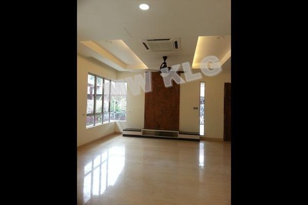 For Sale Semi-Detached at Bandar Botanic, Klang Freehold Semi Furnished 4R/4B 1.25m