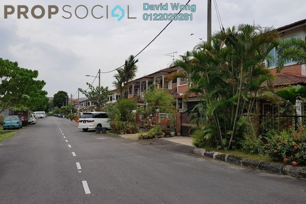 For Sale Terrace at SL11, Bandar Sungai Long Leasehold Semi Furnished 4R/3B 730k