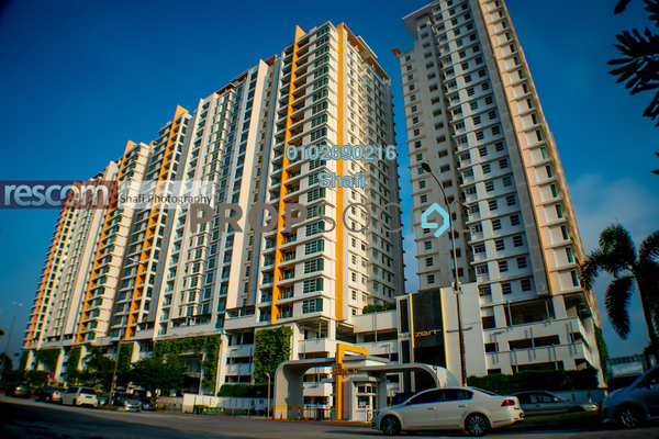For Sale Condominium at The Zest, Bandar Kinrara Freehold Fully Furnished 3R/2B 550k