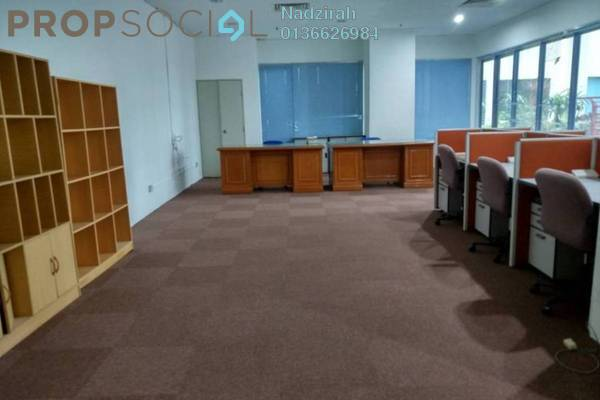 For Rent Office at Amcorp Tower, Petaling Jaya Freehold Semi Furnished 0R/0B 2.3k
