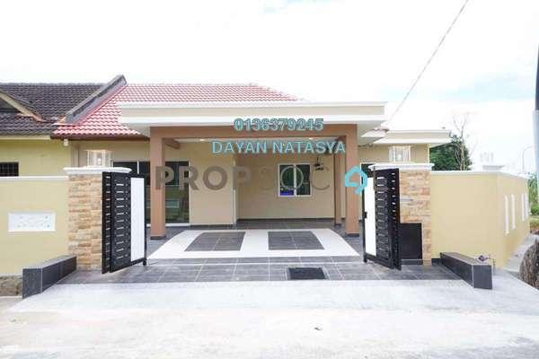 For Sale Semi-Detached at Bandar Rinching, Semenyih Freehold Semi Furnished 3R/2B 650k