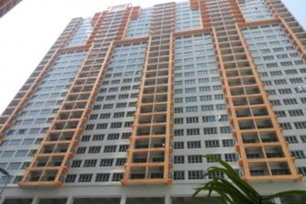 For Sale Condominium at OUG Parklane, Old Klang Road Freehold Semi Furnished 3R/2B 330k