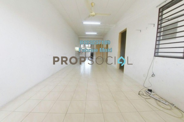 For Sale Townhouse at Bandar Country Homes, Rawang Freehold Unfurnished 3R/2B 300k