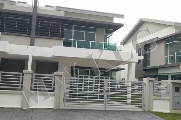 For Rent Semi-Detached at Canary Garden, Bandar Bestari Freehold Unfurnished 4R/4B 1.6k
