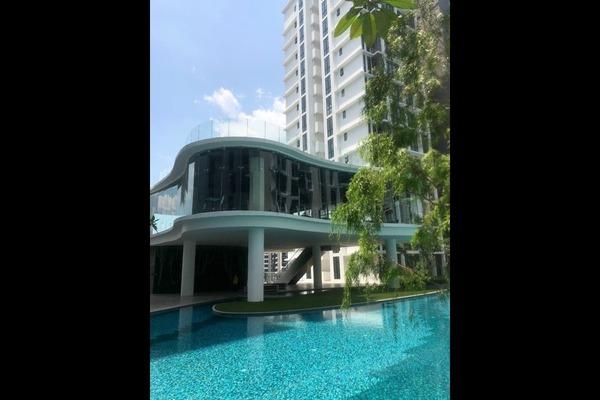 For Sale Condominium at H2O Residences, Ara Damansara Freehold Semi Furnished 3R/2B 580k
