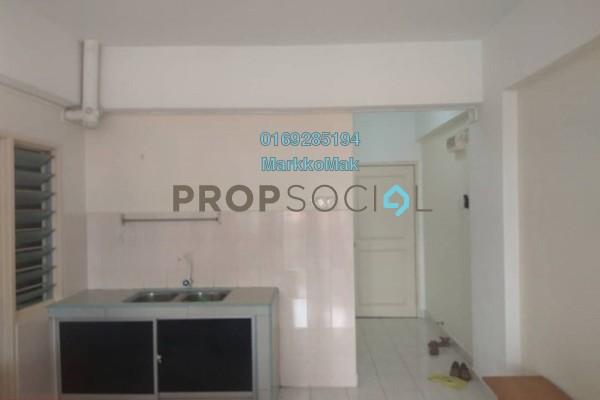 For Sale Apartment at Megaria Tulip, Seri Kembangan Freehold Semi Furnished 3R/2B 290k