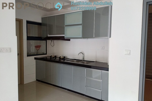 For Rent Serviced Residence at Suria Residence, Bukit Jelutong Freehold Semi Furnished 2R/1B 1.5k