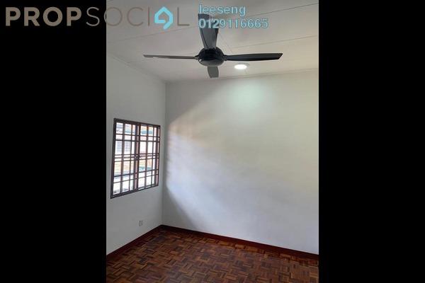 For Sale Terrace at Bandar Sri Putra, Bandar Seri Putra Freehold Semi Furnished 4R/3B 550k