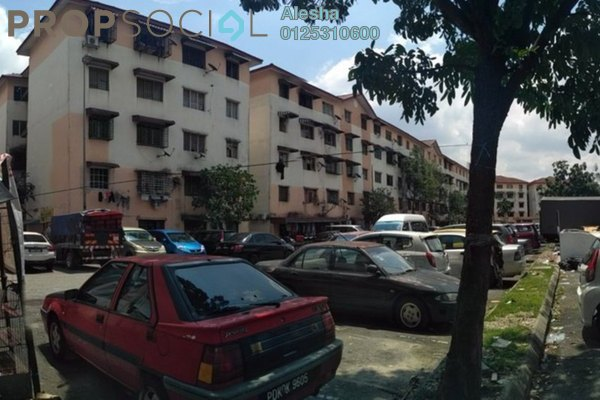 For Sale Apartment at Idaman Apartment, Damansara Damai Freehold Unfurnished 0R/0B 130k