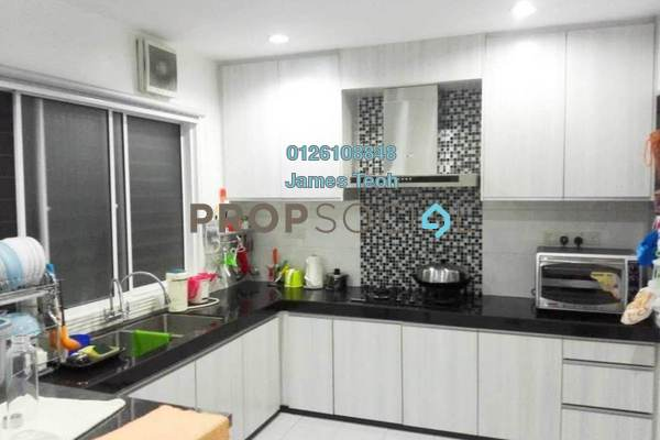 For Sale Terrace at PP 5, Taman Putra Prima Freehold Semi Furnished 4R/3B 610k