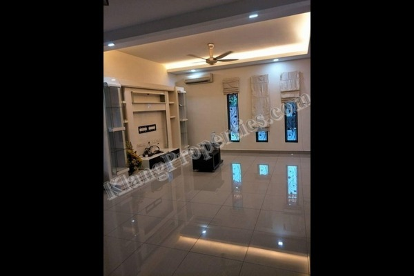 For Sale Terrace at Bandar Bukit Tinggi 2, Klang Freehold Semi Furnished 5R/5B 1.28m