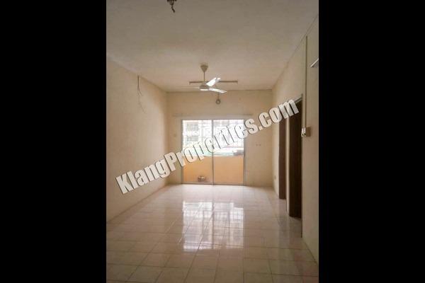 For Sale Apartment at Taman Bayu Perdana, Klang Freehold Unfurnished 3R/2B 238k