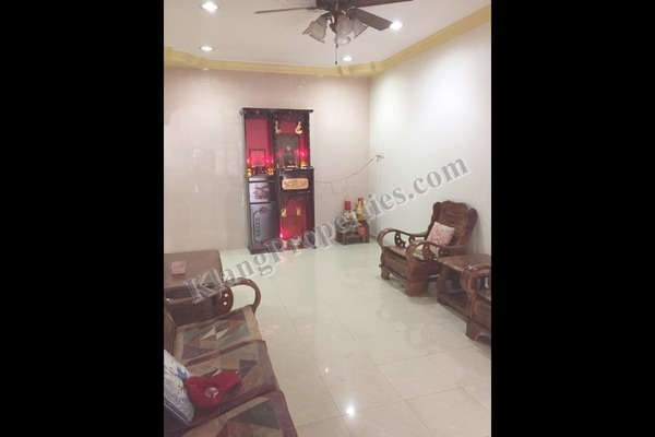 For Sale Terrace at Taman Teluk Pulai, Klang Freehold Semi Furnished 3R/2B 450k
