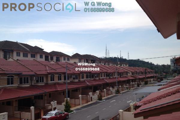 For Rent Terrace at Taman Sri Putra, Sungai Buloh Freehold Semi Furnished 4R/3B 1.25k