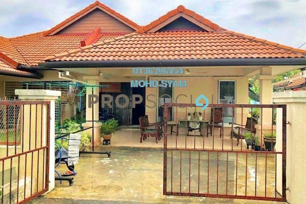 For Sale Semi-Detached at Taman Meru, Klang Freehold Semi Furnished 4R/2B 480k