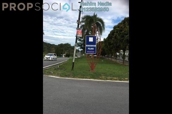 For Sale Condominium at Pelangi Condominium, Kajang Freehold Semi Furnished 3R/2B 320k