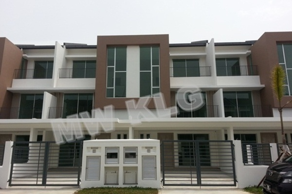 For Sale Terrace at Bandar Botanic, Klang Freehold Unfurnished 5R/4B 820k